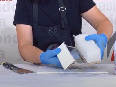 Desmoldeo del contramolde con la silicona irrompibel